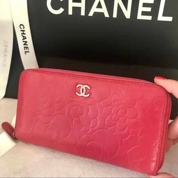 3604cfc0f78a CHANEL Handbags - SALE Chanel CC Logo Camellia Zippy Wallet Fuchsia